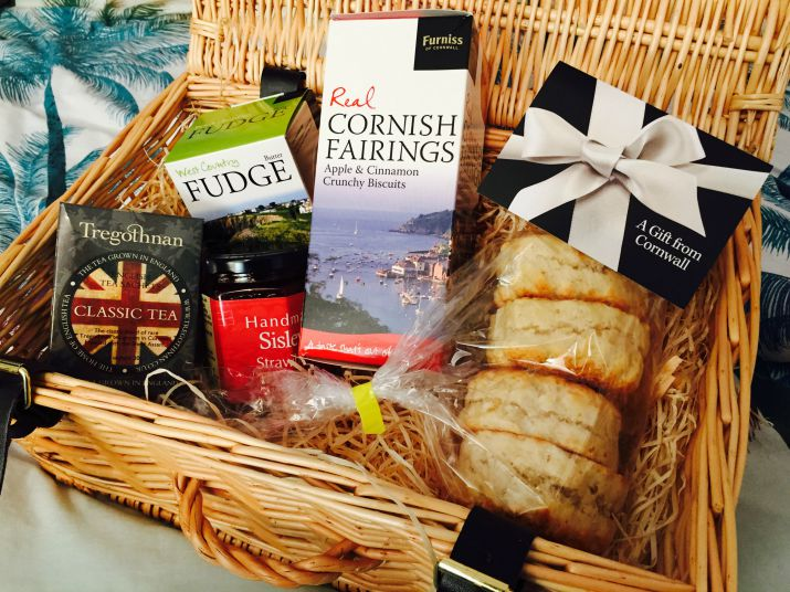 Simply cornish hampers
