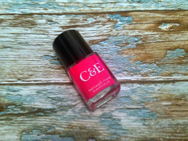 Crabtree & Evelyn Nail Lacquer in Raspberry